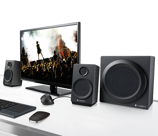 Speakers System Z333 in use