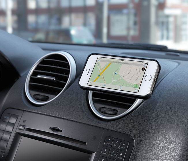 Trip phone car mount in use