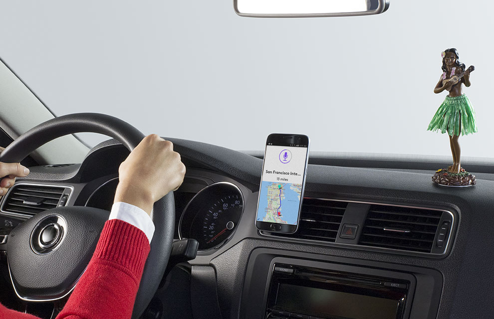Use Zerotouch voice control for directions, music and more.